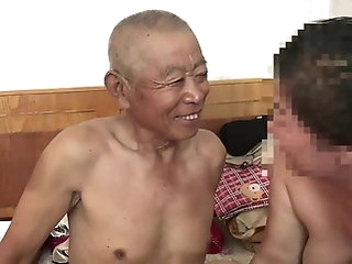 asian amateur muted Chinese old man fucking grandma